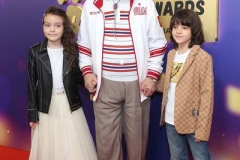 Бедрос Киркоров с внуками