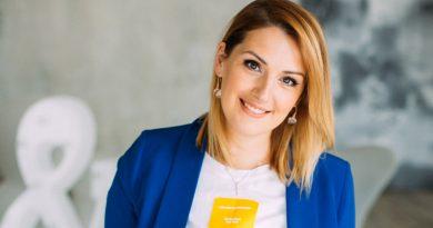 Оксана Козырева: «Я каждого ребёнка воспринимаю как мощнейший толчок к собственному развитию»
